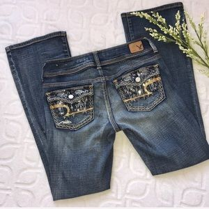 AEO Embellished Distressed Kick Boot Jeans 4 Short